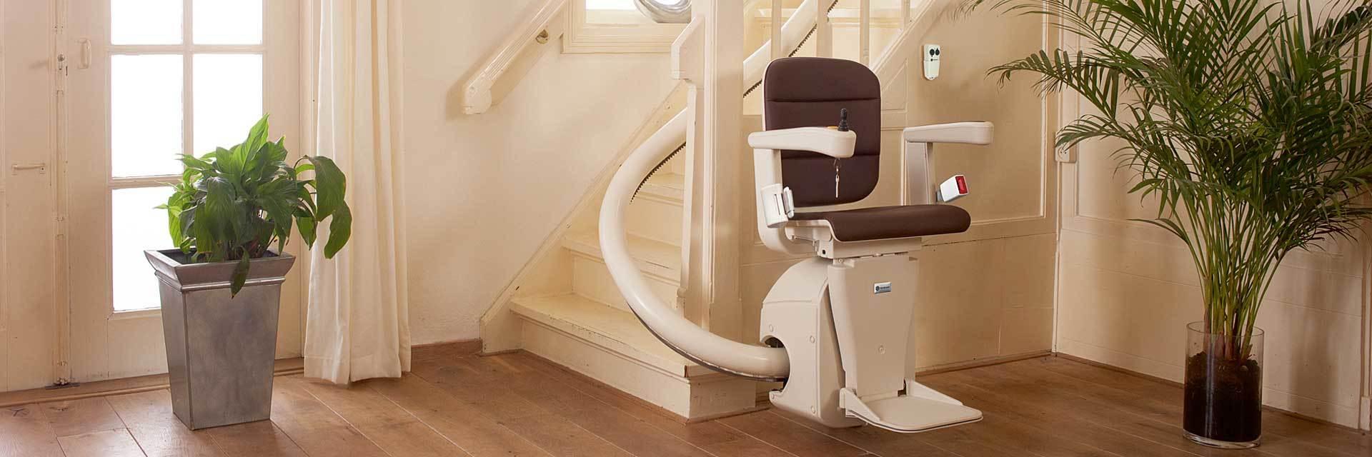 monte escaliers en courbe pour tout escalier courbe. Black Bedroom Furniture Sets. Home Design Ideas